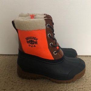💥 sale tonight! Boy's Osh Kosh snow boots